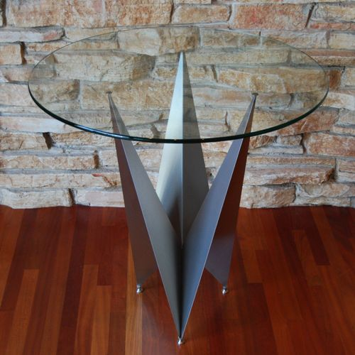 crown table base with round glass top