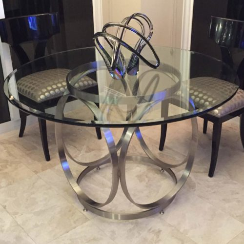 pluto style table base with round glass top